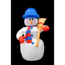 """3D фигура надувная """"Снеговик с метлой"""", размер 180 см, внутренняя подсветка 4 лампы, компрессор с адаптером 12В, IP44 Neon-Night 511-122"""