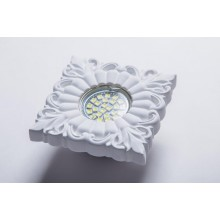 Гипсовый светильник SvDecor SV 7131 белый 110*110 мм